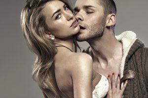 7 consejos que las mujeres pasan por alto cuando buscan atraer a un hombre